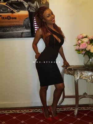 Torkia lovesita escorte